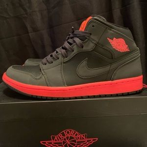 Jordan 1 Mid Size 10 Black Infrared (2014)